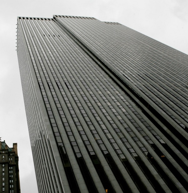 The General Motors Building in midtown Manhattan in 2008
